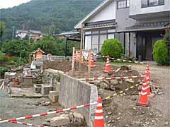 ブロック塀の基礎工事
